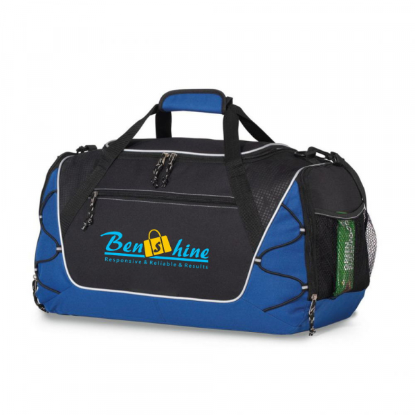 Sport bag with shoe pocket
